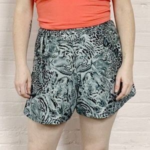 Pants - 90s vtg adjustable side-tie tiger summer shorts
